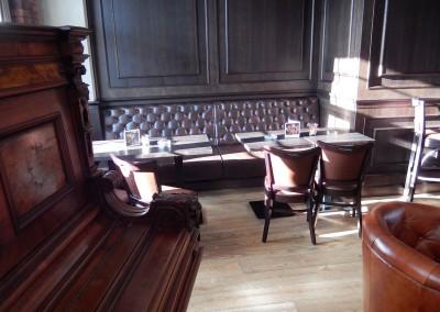 kreslo-luxusne-sedacka-hotel-pod-zamkom-kozena-chesterfield-1