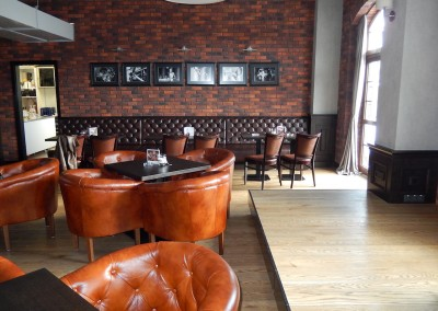 kreslo-luxusne-sedacka-hotel-pod-zamkom-kozena-chesterfield-12