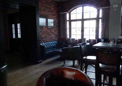kreslo-luxusne-sedacka-hotel-pod-zamkom-kozena-chesterfield-15