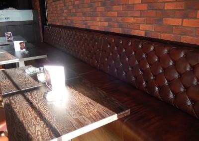 kreslo-luxusne-sedacka-hotel-pod-zamkom-kozena-chesterfield-2