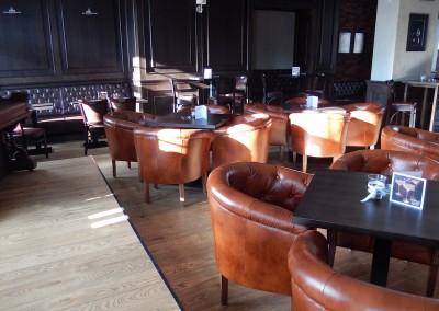 kreslo-luxusne-sedacka-hotel-pod-zamkom-kozena-chesterfield-4
