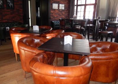 kreslo-luxusne-sedacka-hotel-pod-zamkom-kozena-chesterfield-7